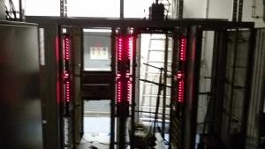 De PDU (power distributie units) in opstart fase. hiermee kan elk apparaat op afstand worden afgeschakeld.