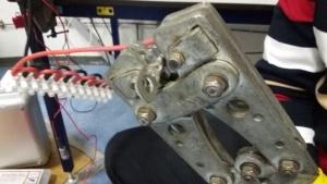 monteren van kabelschoentjes voor de repeaters PI1UTR  dstar en DMR